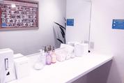 施術のあとに利用できる化粧室の風景